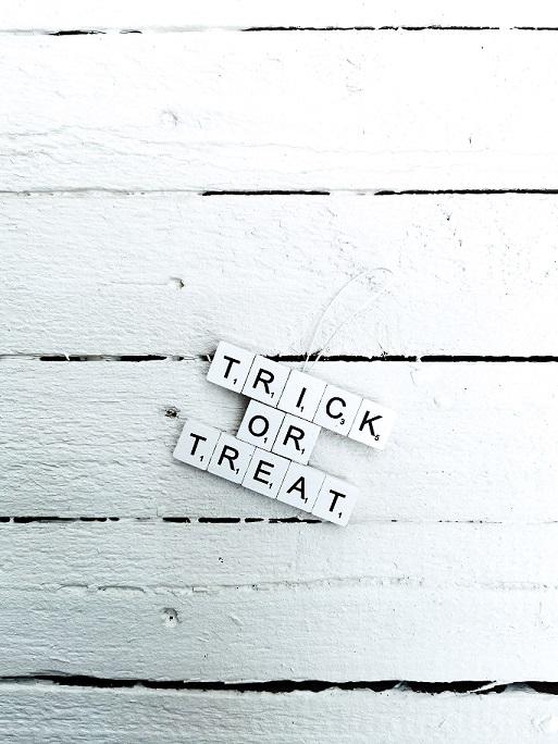 Scrabble Halloween Ornamente
