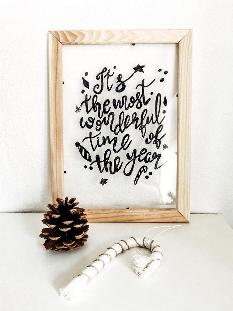 Lettering im Rahmen zu Weihnachten
