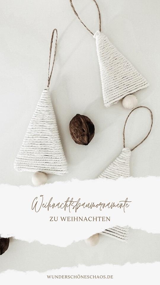 Ornamente aus Baumwollgarn und Holzperlen